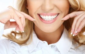 Chipped, yellow and dull. Change that smile with a cosmetic dentistry consultation from dentist in Park Slope, Dr. Frank Sapienza. Read details here.